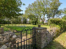 Glyn Ewryd - Anglesey - 949893 - thumbnail photo 44