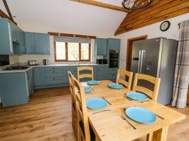 Ploony Hill Lodge - Mid Wales - 949952 - thumbnail photo 8