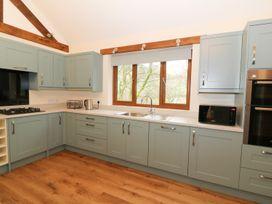 Ploony Hill Lodge - Mid Wales - 949952 - thumbnail photo 12