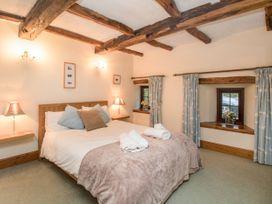 Riven Oak - Lake District - 950504 - thumbnail photo 15
