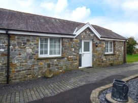 1 bedroom Cottage for rent in Llanelli