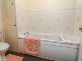 Clooneavin Apartment 8 - Devon - 950613 - thumbnail photo 14