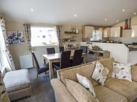Clearview Lodge - Mid Wales - 950724 - thumbnail photo 8