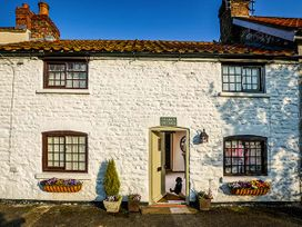 Clara's Cottage - North Yorkshire (incl. Whitby) - 950877 - thumbnail photo 2