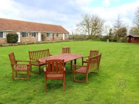 Meadow View - Lincolnshire - 950884 - thumbnail photo 11