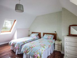 No.1 Apt, Brandy Harbour Cottage - Shancroagh & County Galway - 951117 - thumbnail photo 7