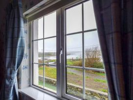 No.1 Apt, Brandy Harbour Cottage - Shancroagh & County Galway - 951117 - thumbnail photo 8