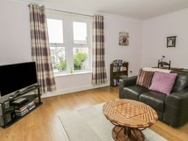 Flat 2 - 9 Rhiw Bank Terrace - North Wales - 951157 - thumbnail photo 13