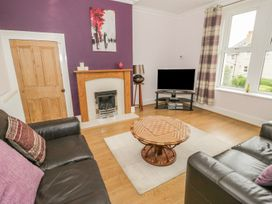 Flat 2 - 9 Rhiw Bank Terrace - North Wales - 951157 - thumbnail photo 15