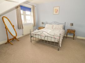 Flat 2 - 9 Rhiw Bank Terrace - North Wales - 951157 - thumbnail photo 18