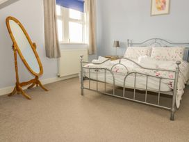 Flat 2 - 9 Rhiw Bank Terrace - North Wales - 951157 - thumbnail photo 20
