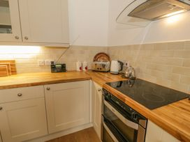 Flat 2 - 9 Rhiw Bank Terrace - North Wales - 951157 - thumbnail photo 4