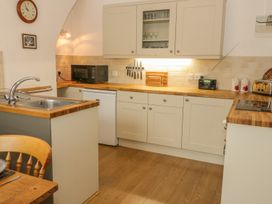 Flat 2 - 9 Rhiw Bank Terrace - North Wales - 951157 - thumbnail photo 6
