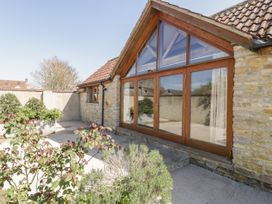 The Stone Barn - Somerset & Wiltshire - 951336 - thumbnail photo 3
