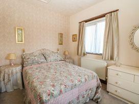 The Cottage at Moseley House Farm - Peak District - 951399 - thumbnail photo 14