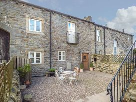 4 bedroom Cottage for rent in Keighley
