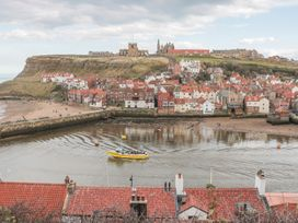Waterside Cottage - Whitby & North Yorkshire - 951483 - thumbnail photo 16