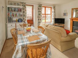 Waterside Cottage - Whitby & North Yorkshire - 951483 - thumbnail photo 6