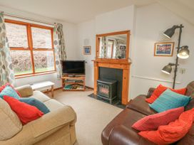 Waterside Cottage - Whitby & North Yorkshire - 951483 - thumbnail photo 4