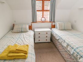 Waterside Cottage - Whitby & North Yorkshire - 951483 - thumbnail photo 8