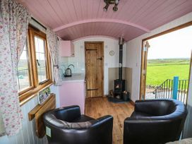 Llety'r Bugail - Anglesey - 951657 - thumbnail photo 3