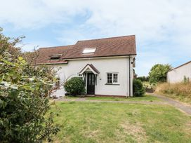 Yew Tree Cottage - South Wales - 951764 - thumbnail photo 1
