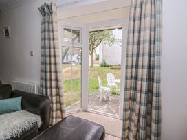 Yew Tree Cottage - South Wales - 951764 - thumbnail photo 4