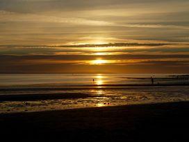 Tan Tabin - North Wales - 951803 - thumbnail photo 32