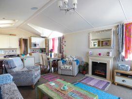 The  Vogue Lodge - Dorset - 951839 - thumbnail photo 2