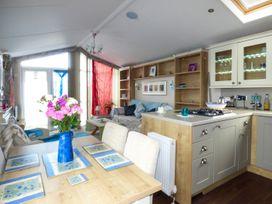 The  Vogue Lodge - Dorset - 951839 - thumbnail photo 6