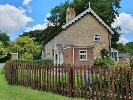 Pheasant Cottage - Lincolnshire - 952405 - thumbnail photo 2