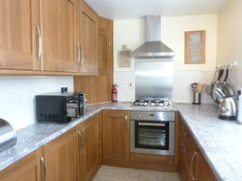 8 Cathedral Street - Scottish Lowlands - 952741 - thumbnail photo 4