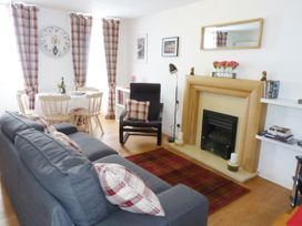 8 Cathedral Street - Scottish Lowlands - 952741 - thumbnail photo 3