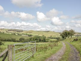 Birchope Byre - Shropshire - 953030 - thumbnail photo 24
