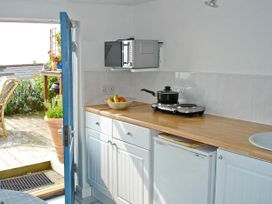 The Deck Studio - Isle of Wight & Hampshire - 953360 - thumbnail photo 4