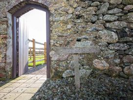 Hen House - Anglesey - 953572 - thumbnail photo 14