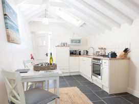 Hen House - Anglesey - 953572 - thumbnail photo 6