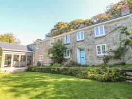 5 bedroom Cottage for rent in Penzance