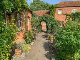 Stable Cottage - Whitby & North Yorkshire - 953846 - thumbnail photo 10