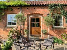 Stable Cottage - Whitby & North Yorkshire - 953846 - thumbnail photo 2