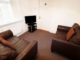 Garden Apartment - Devon - 954322 - thumbnail photo 2