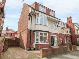 9 bedroom Cottage for rent in Bridlington