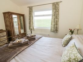 Greenways Log Cabin - Cotswolds - 954443 - thumbnail photo 13