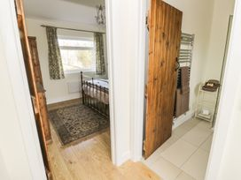 Greenways Log Cabin - Cotswolds - 954443 - thumbnail photo 18