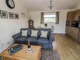 Greenways Log Cabin - Cotswolds - 954443 - thumbnail photo 7
