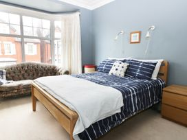 22 Trafalgar Crescent - Whitby & North Yorkshire - 954896 - thumbnail photo 11