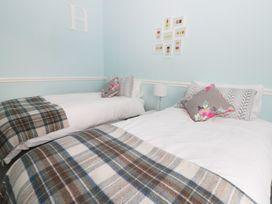 22 Trafalgar Crescent - Whitby & North Yorkshire - 954896 - thumbnail photo 13