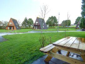 Lodge 22, Waterside Park, Cornwall - Cornwall - 954965 - thumbnail photo 2