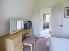 Lodge 22, Waterside Park, Cornwall - Cornwall - 954965 - thumbnail photo 7