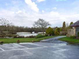 Lodge 22, Waterside Park, Cornwall - Cornwall - 954965 - thumbnail photo 14
